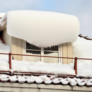 What are Roof Ice Dams and what causes them in Kennebunk, ME?
